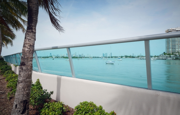 Glass fence system for Flamingo Bay Walk.