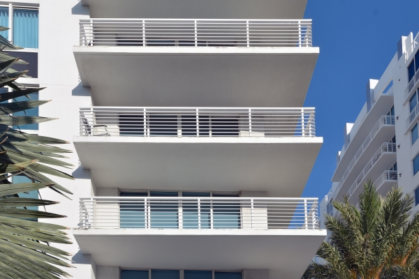Photo of a custom railing for balconies, fabricated in Florida