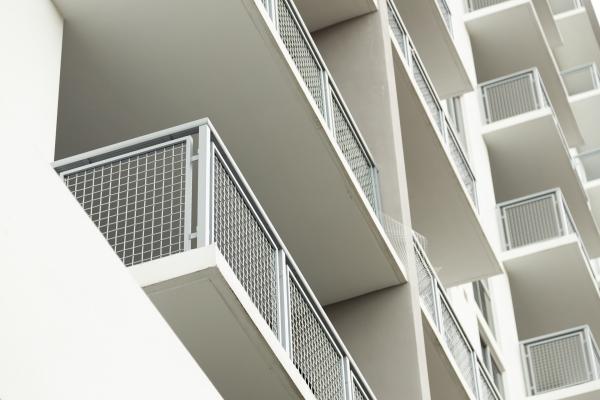 Custom guardrails on Grove Station apartments