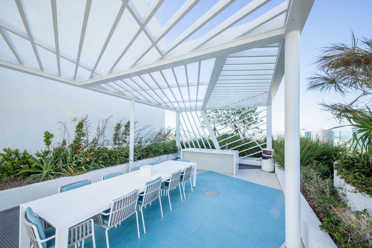 Trellis canopy for Brickell Heights Towers by Poma